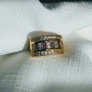 Jewelry - Amethyst and White Topaz ring